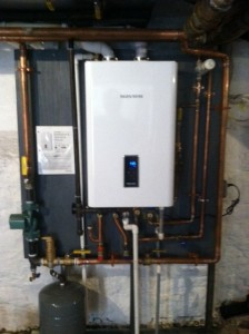 (3B) NEW HIGH EFFICIENT HEAT AND HOT WATER